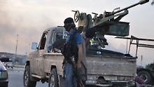 Ungewöhnliche Kooperation: USA und Syrien bombardieren IS-Einheiten