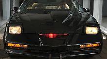"""Ganz so eigenständig wie KITT in der Kult-TV-Serie """"Knight Rider"""" sind die neuen Cadillacs dann aber doch noch nicht."""