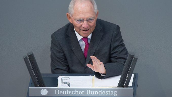 Haushalt 2015 ohne neue Schulden: Schäuble denkt über Soli-Abschaffung nach