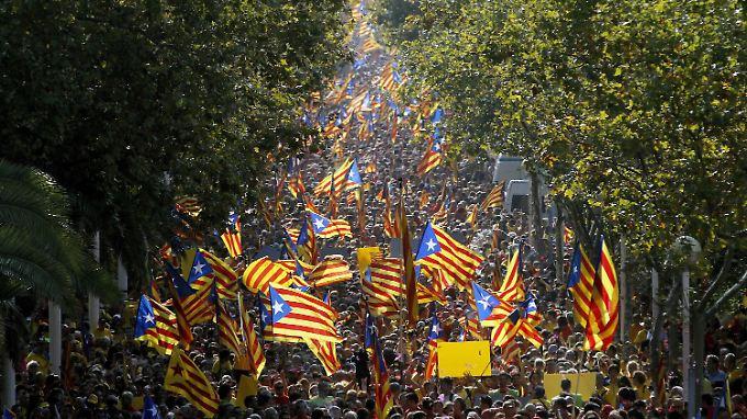 Hunderttausende demonstrierten in Barcelona für die Abspaltung von Spanien.