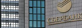 Auch Ölfirmen sanktioniert: USA bestrafen Russlands größte Bank