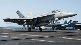 Zustimmung aus Damaskus: USA setzen Luftangriffe auf IS-Stellungen in Syrien fort