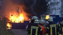 120 Feuerwehrmänner im Einsatz: Ölbohrloch im Emsland brennt immer noch