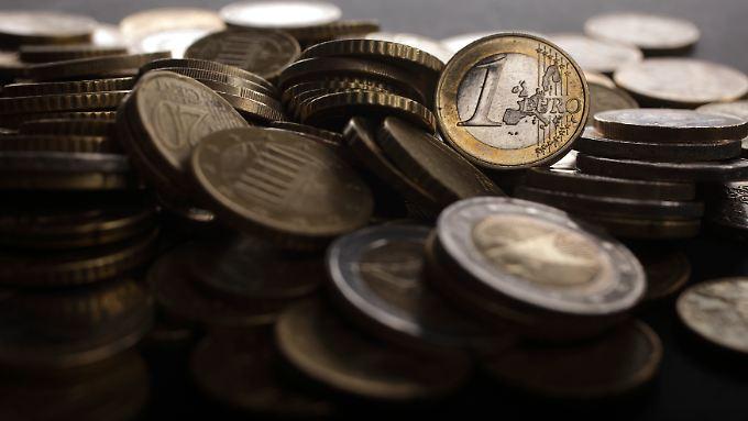 Bereits am Donnerstag war der Euro nach den Ankündigungen der EZB unter Druck geraten.