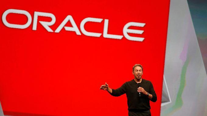 Oracle-Gründer Larry Ellison gilt als einer der reichsten Menschen der Welt und trat erst kürzlich als Vorsitzender zurück.