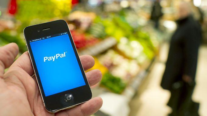 Die Handelsplattform Ebay spaltet Paypal ab. Im nächsten Jahr soll der Bezahldienst  an die Börse gehen.
