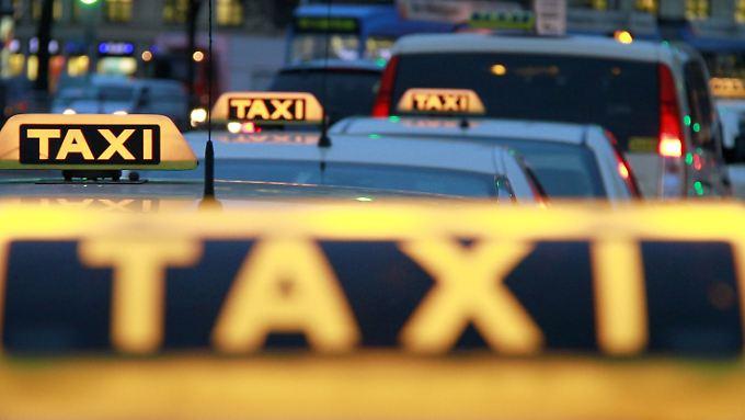 Steigende Preise durch Mindestlohn: Taxifahren wird künftig erheblich teurer