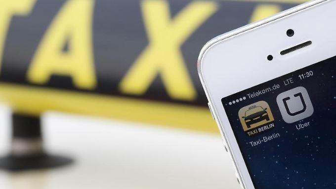 Eigentlich sind die deutschen Taxis längst auf dem Smartphone angekommen - nur Uber macht ihnen zu schaffen.