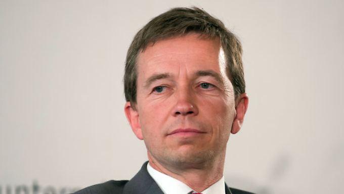 AfD-Chef Lucke legt Frankreich den Euro-Abschied nahe.