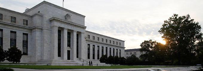 Das Hauptgebäude der Fed in Washington, D.C.: Die Deutsche Bank muss sich nun auch den scharfen Anfragen der US-Aufseher stellen.