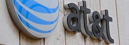 Gewinneinbruch, Umsatzziel kassiert: AT&T kann Anleger nicht überzeugen