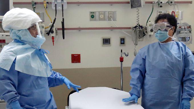 Viele Krankenschwestern in den USA sind unzufrieden mit dem Ebola-Schutz.