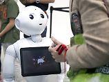 Mit Künstlicher Intelligenz zur Uni: Roboter sollen Verkäufer ersetzen