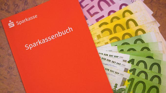 Prophezeiung der Deutschen Bank: Strafzinsen auf Sparguthaben bald keine Seltenheit mehr
