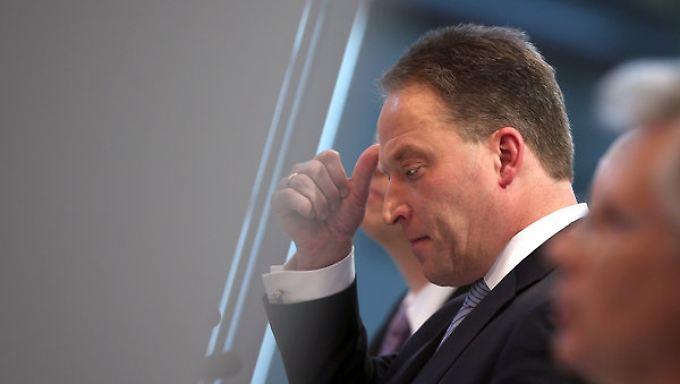 Lanxess-Chef Matthias Zachert hat keine guten Nachrichten.