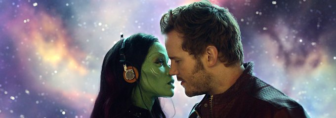"""Bunt und lukrativ: Chris Pratt als Peter Quill alias Star-Lord und Zoe Saldana als Gamora in """"Guardians Of The Galaxy""""."""