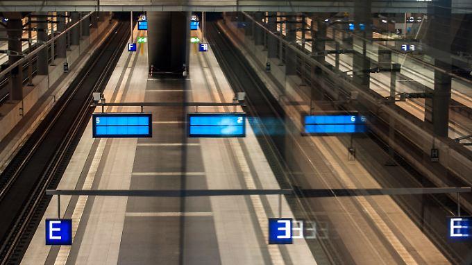 Bahn geht in Berufung: Arbeitsgericht lässt Lokführer weiter streiken