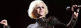 """Dolores O'Riordan bei einem Auftritt im Jahr 2012. Das Album """"No need to argue"""" brachte 1995 den internationalen Durchbruch der Cranberries."""