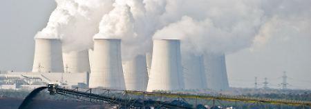 """Grüne: """"Schleimspur der Industrie"""": Gabriel macht etwas Dampf gegen Kohle"""