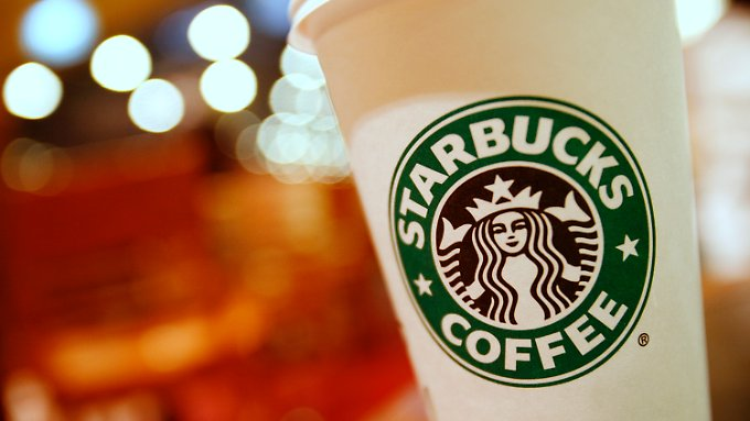 Starbucks hat in den Niederlanden eine Filiale, in der Kaffee geröstet wird.