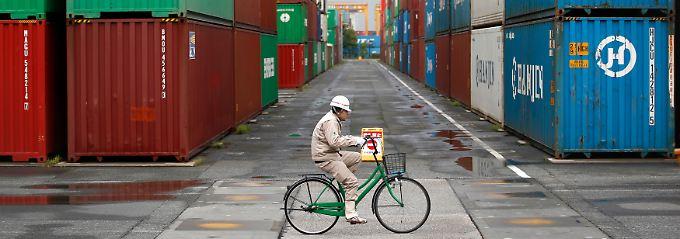 """Im Außenhandel läuft es besser als erwartet: """"Die Daten (...) werden etwas dabei helfen, die Schwäche bei der Inlandsnachfrage wettzumachen."""""""