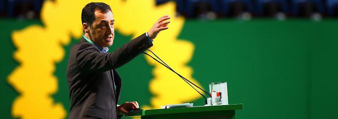 Özdemir setzt sich nicht durch: Grüne bekräftigen Nein zu Waffen für Kurden