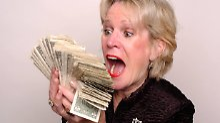 Durch die Pleite der US-Bank hatten rund 50.000 Anleger in Deutschland Geld verloren.