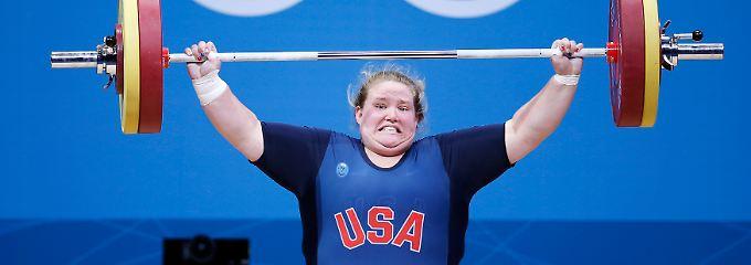 US-Gewichtheberin Holley Mangold reißt die Kilos in die Luft.