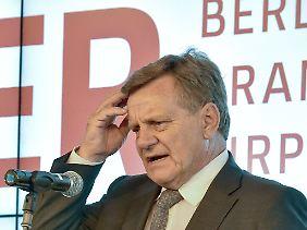 Hartmut Mehdorn will dem Aufsichtsrat Lösungskonzepte darlegen.