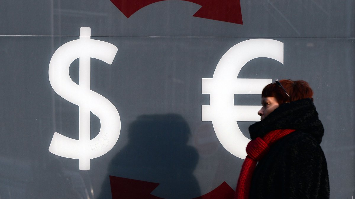 rechnung ohne rubel wei russen wollen euro und dollar von. Black Bedroom Furniture Sets. Home Design Ideas