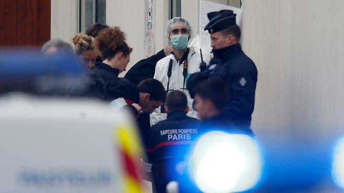 """Blutiges Attentat in Paris: Zwölf Tote bei Anschlag auf Satiremagazin """"Charlie Hebdo"""""""