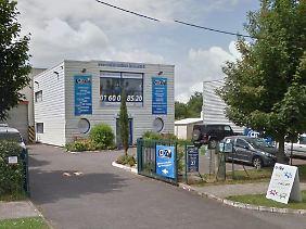 Dies soll die Druckerei sein, in der sich die Attentäter in einem Industriegebiet der Stadt Dammartin en Goële verschanzt haben.