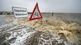Schwere Sturmböen und Regen: Orkantief fegt über Deutschland hinweg