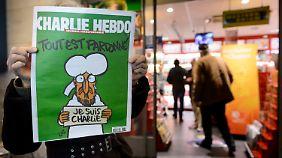 """Hollande sagt IS den Kampf an: """"Charlie Hebdo"""" erhöht auf fünf Millionen Exemplare"""