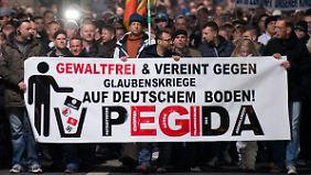 Seit Wochen demonstriert die Pegida-Bewegung jeden Montag in Dresden.