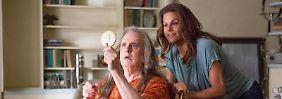 «Transparent» ist nur eine von etlichen Serienproduktionen von Amazon. Nun wagt sich Amazon auch an Kinofilme. Foto: Beth Dubber/Amazon.com Inc