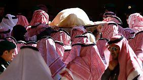 Anziehende Preise: Tod von Saudi-Arabiens König verunsichert den Ölmarkt