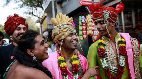 Gay Pride in Mumbai: Indische Homosexuelle gehen auf die Straße