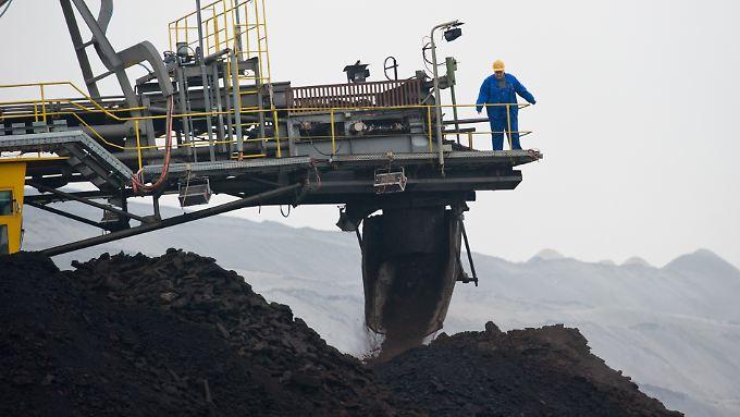 Europa müsste knapp 90 Prozent der derzeit lukrativ förderbaren Kohle im Boden belassen, wenn die Klimaschutzziele erreicht werden sollen.