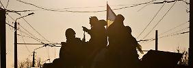 Ukrainische Truppen ziehen sich nach wochenlangen Kämpfen aus Debalzewe zurück.