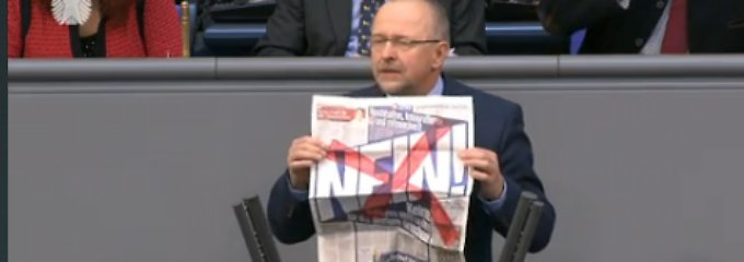 """Axel Schäfer ärgert sich über die Aktion der """"Bild""""-Zeitung. """"Wir gegen die - das gibt es nur im Fußball"""", sagt der SPD-Politiker."""