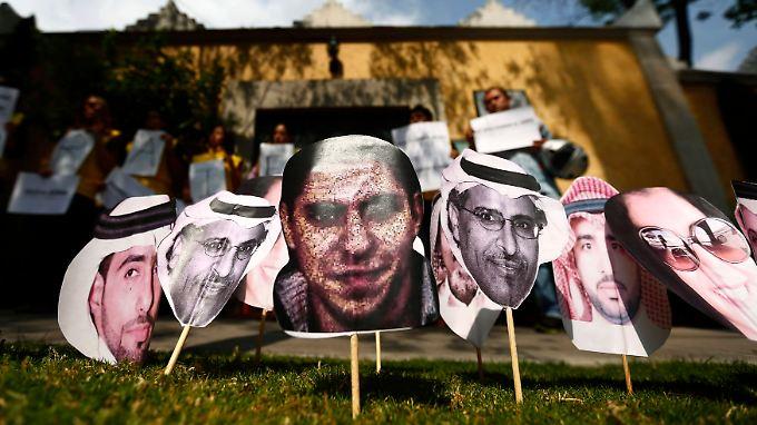 Eine Aktion von Amnesty International vor der saudischen Botschaft in Mexiko City. Die weltweite Anteilnahme ist groß, zeigt bisher allerdings keine Wirkung.