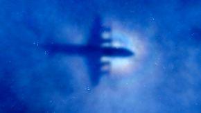 Nach einem Jahr noch keine Spur: MH370 flog angeblich kurz vor Verschwinden Zickzack