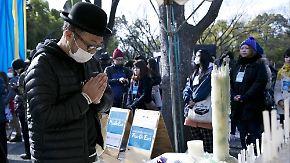 Gedenken an Fukushima-Opfer: Umgang mit Atomkraft spaltet Japan