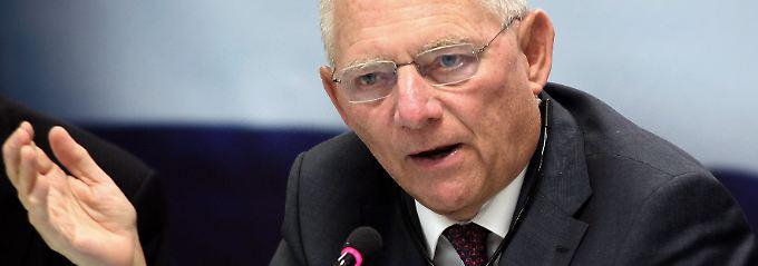 Erweiterung der Eurozone: Schäuble bremst Juncker ein