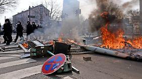Straßenschlachten zur Einweihung: Gewalt der EZB-Proteste überrascht Polizei