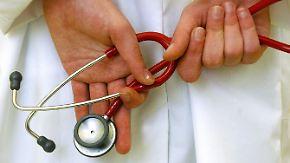 n-tv Ratgeber: Einstellungsuntersuchung: Was darf der Arzt und was nicht?