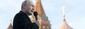 """""""Es ist eine wahre Fabrik"""": Aus dem Alltag eines Putin-Trolls"""