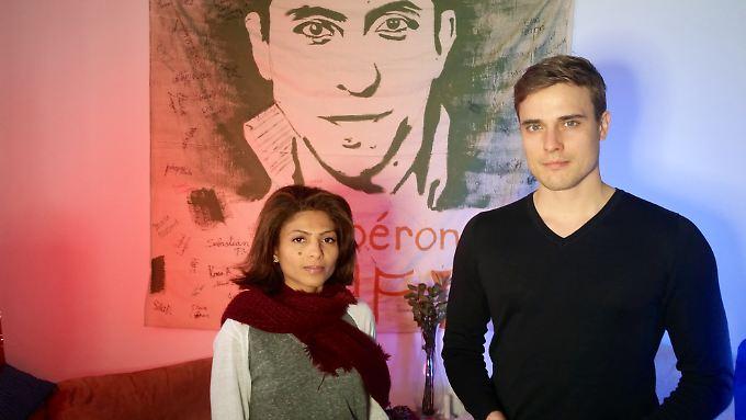 Ensaf Haidar und Constantin Schreiber im kanadischen Sherbrooke.