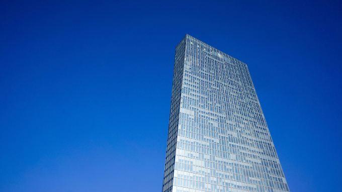 """""""Signifikant positive Effekte"""" durch das Ankaufprogramm erkennt der EZB-Rat."""